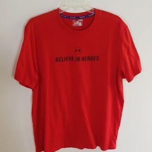 Under Armour Believe in Heroes Tshirt  Sz XL